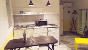 Studio apartment, Apartments  Tbilisi City - big - 25