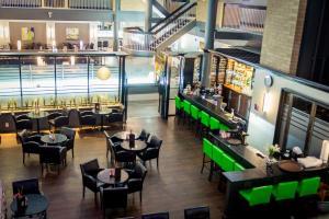 Best Western Plus Village Park Inn, Hotel  Calgary - big - 56