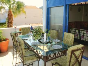 Three-Bedroom Apartment in Melissi, Apartmány  Melission - big - 33