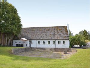 Three-Bedroom Holiday Home in Kirke Hyllinge, Holiday homes  Kirke-Hyllinge - big - 1