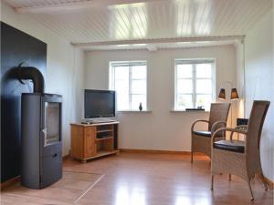 Three-Bedroom Holiday Home in Kirke Hyllinge, Holiday homes  Kirke-Hyllinge - big - 3