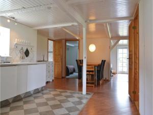 Three-Bedroom Holiday Home in Kirke Hyllinge, Holiday homes  Kirke-Hyllinge - big - 13