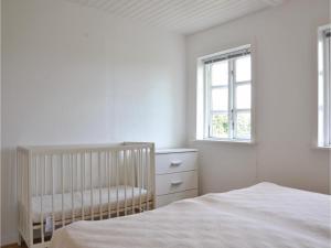 Three-Bedroom Holiday Home in Kirke Hyllinge, Holiday homes  Kirke-Hyllinge - big - 6