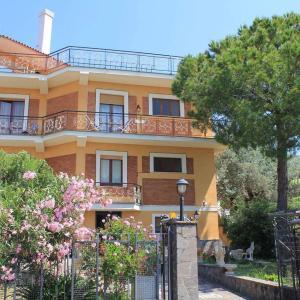 Villa Lembo