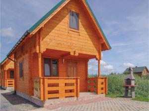 Two-Bedroom Holiday Home in Gaski, Dovolenkové domy  Gąski - big - 1