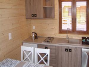 Two-Bedroom Holiday Home in Gaski, Holiday homes  Gąski - big - 8