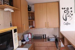 Small House Apartment, Affittacamere  Kerepes - big - 41