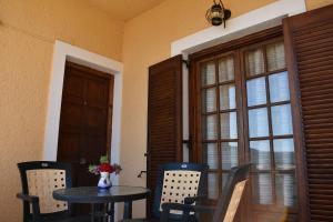 Eriketi Studios, Apartments  Agia Marina Aegina - big - 1