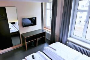 easyHotel Zürich, Hotely  Curych - big - 22