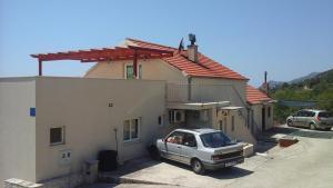 Apartment Kuciste 14107a