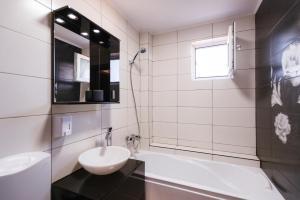 Apartament Axa, Ferienwohnungen  Mamaia Nord – Năvodari - big - 13