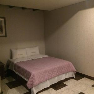 Romance Hotel