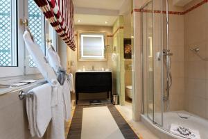 Majestic Hotel Spa, Szállodák  Párizs - big - 23