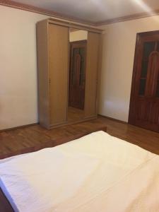 Apartment Center, Apartmány  Ternopil - big - 8