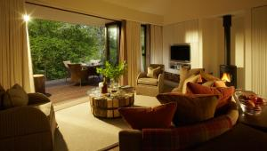Chewton Glen Hotel (1 of 73)