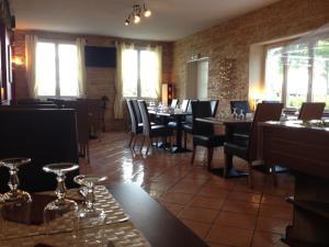 La Ferme de Mondésir, Hotels  Guillerval - big - 31