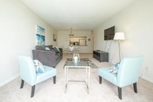 Apartamento en condominio de 1 dormitorio Ocean Reserve con vistas a la piscina