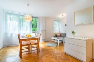 Rent like home - Apartament Niska 19, Апартаменты  Варшава - big - 1