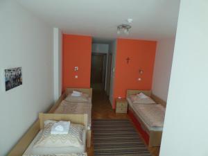 Rooms NCM Ivan Pavao II