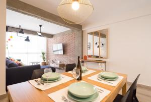 MalagaSuite City Center Enriqueta, Apartmanok  Málaga - big - 7