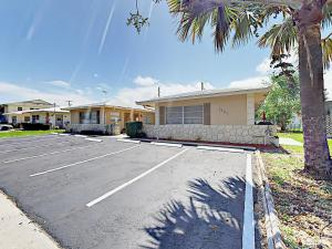 4751 NE 21st Ter Lighthouse Point Townhome Unit 1 Townhouse, Holiday homes  Pompano Beach - big - 24