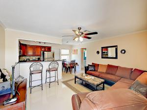 4751 NE 21st Ter Lighthouse Point Townhome Unit 1 Townhouse, Holiday homes  Pompano Beach - big - 23