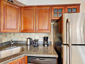 4751 NE 21st Ter Lighthouse Point Townhome Unit 1 Townhouse, Holiday homes  Pompano Beach - big - 19