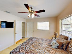 4751 NE 21st Ter Lighthouse Point Townhome Unit 1 Townhouse, Holiday homes  Pompano Beach - big - 9