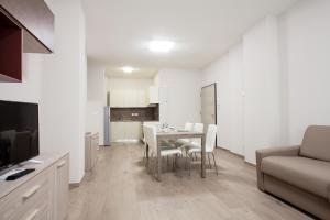 Astoria Suite Apartments - AbcAlberghi.com