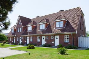 Landhaus Wiesenweg, Case vacanze  Wenningstedt - big - 12
