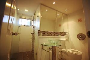 LakeView Service Room, Апартаменты  Ban Bang Phang - big - 22