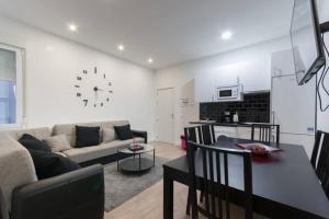 M&F Apartaments Huertas, Appartamenti  Madrid - big - 1