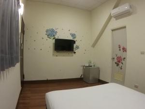 Malaya Guest House, Homestays  Budai - big - 31