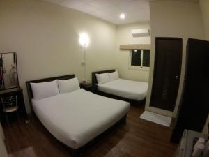 Malaya Guest House, Homestays  Budai - big - 30