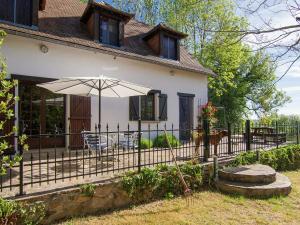 Holiday Home La Maison Blanche Pres De Dordogne Juillac