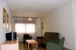 Apartamentos Mestral, Апартаменты  Ла-Эскала - big - 3