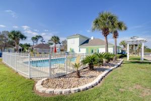 Orange Beach Villas - Beach Retreat Home, Prázdninové domy  Orange Beach - big - 6