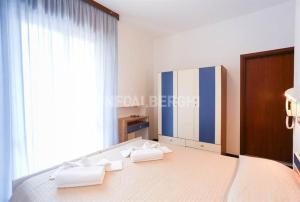 Hotel Fucsia, Szállodák  Riccione - big - 8