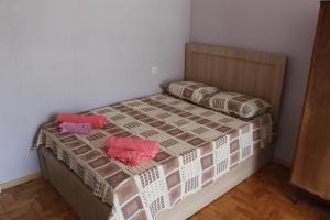 Apartment Komfort, Apartmány  Borjomi - big - 5