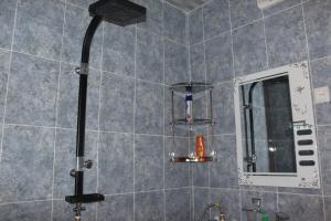 Apartment Komfort, Apartmány  Borjomi - big - 6
