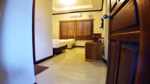 Khum Nakhon Hotel, Hotel  Nakhon Si Thammarat - big - 7