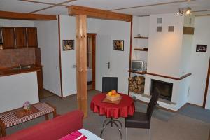 Penzion Pod Vápenkami, Guest houses  Strážnice - big - 12