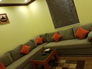 Golden Flowers Aparthotel, Residence  Al Qunfudhah - big - 26