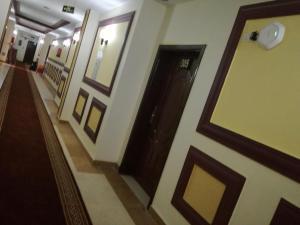 Golden Flowers Aparthotel, Residence  Al Qunfudhah - big - 20