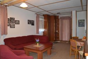 Penzion Pod Vápenkami, Guest houses  Strážnice - big - 25