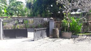 Nyoman Legian House