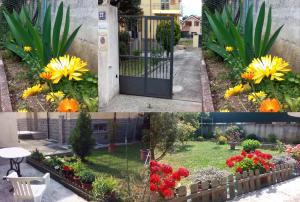 Casa Vacanze Giardini, Апартаменты  Триест - big - 36
