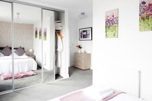 Luxurious Trumpington Townhouse, Apartmány  Cambridge - big - 10