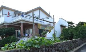 Baggrae Pension, Holiday homes  Seogwipo - big - 25