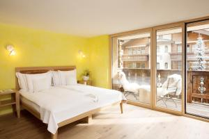 Firefly Luxury Suites, Hotels  Zermatt - big - 23